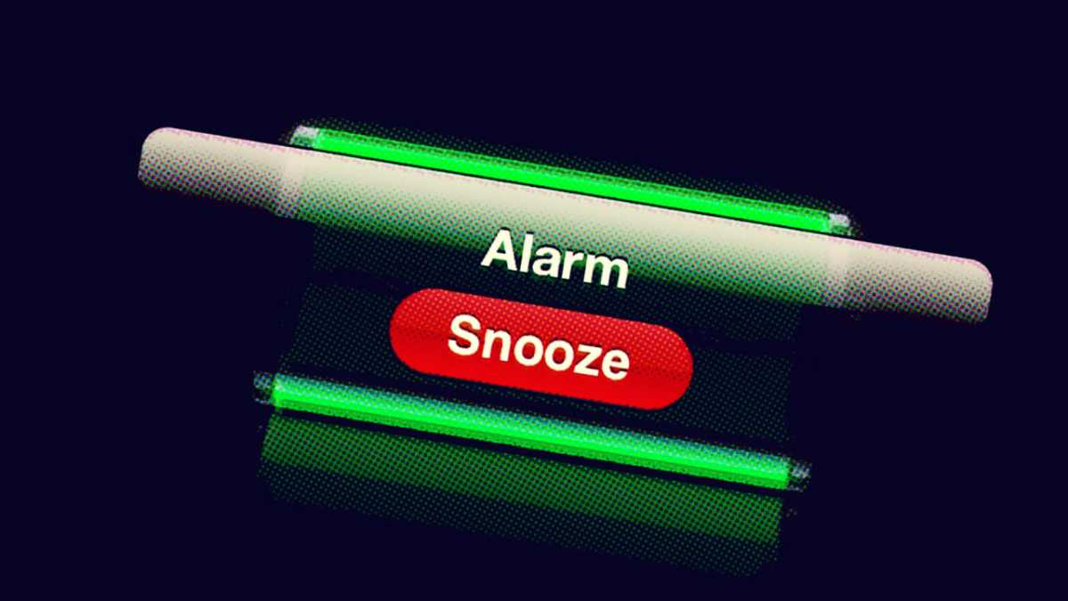 SNOOZE BUTTON 8.14.17